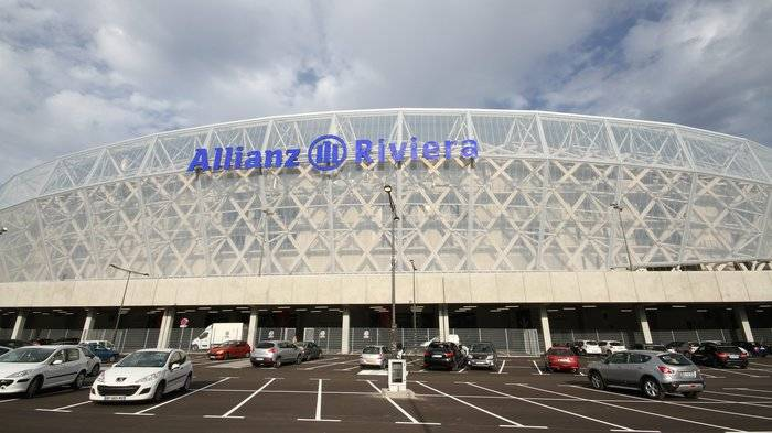 Фото: http://france3-regions.francetvinfo.fr/cote-d-azur/sites/regions_france3/files/assets/images/2013/09/18/allianz_riviera.jpg